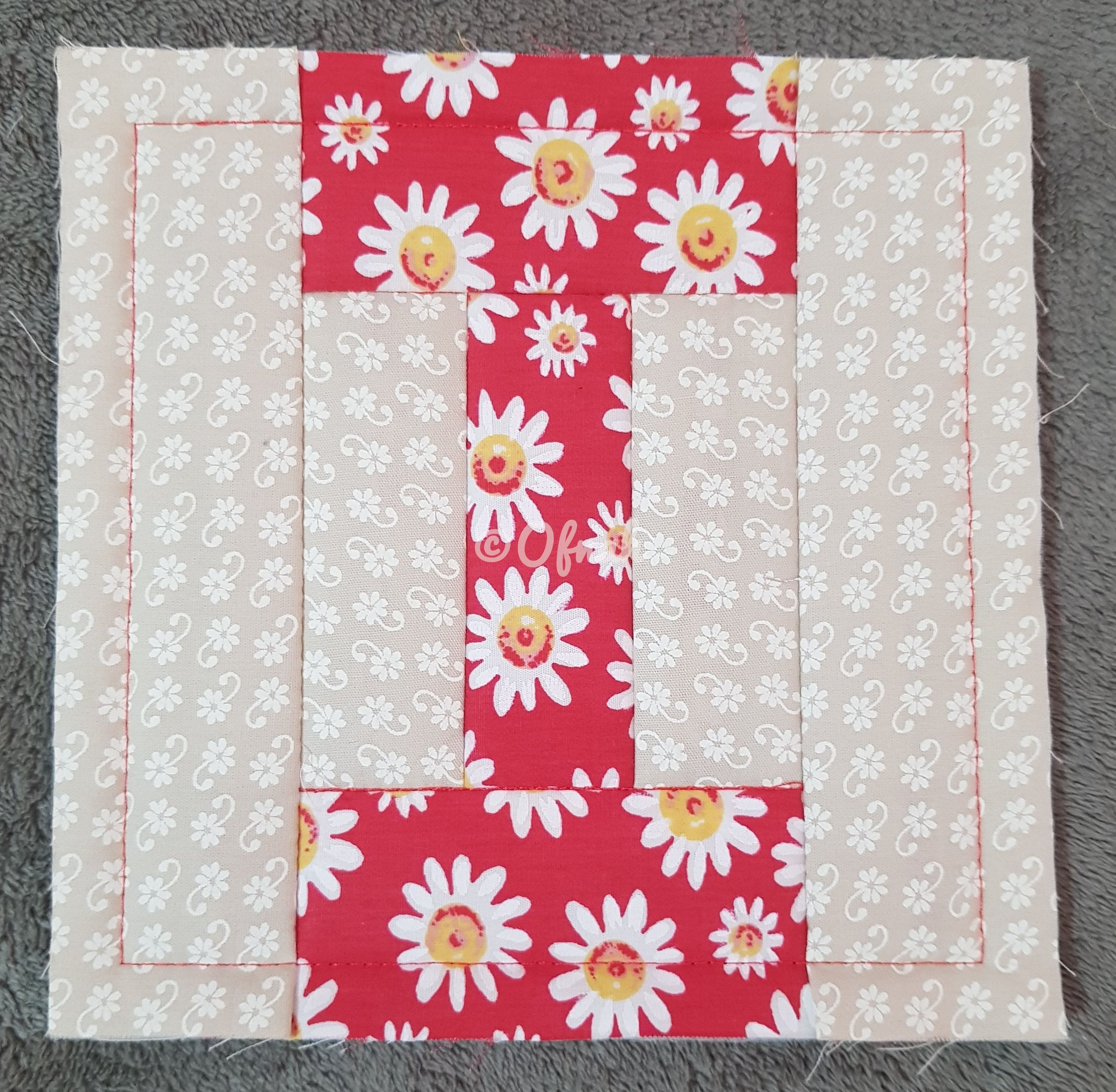 ITH LETTER I QUILT BLOCK