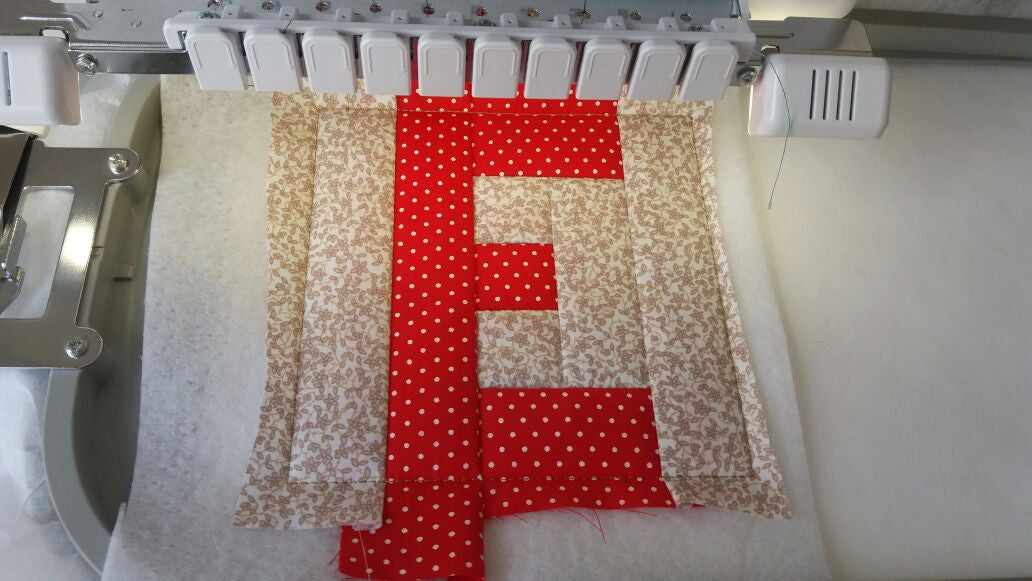 ITH LETTER E QUILT BLOCK