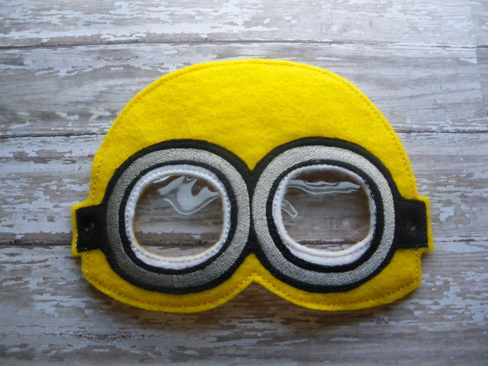 5x7 YELLOW MINION MASK PATTERN