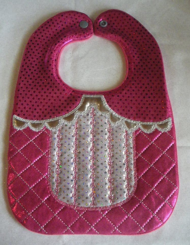 GIRLY BIB