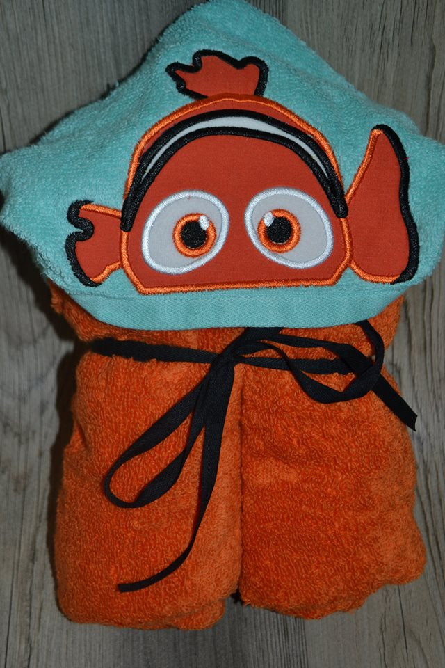 5x7 NEMO ORANGE CLOWN FISH HEAD FOR HOODED TOWEL