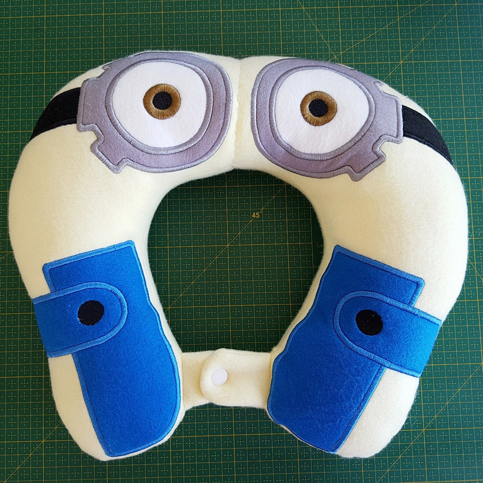 6X10 & 8X12 MINION NECK PILLOW