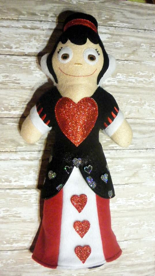 QUEEN OF HEART WONDERLAND DOLL PATTERN