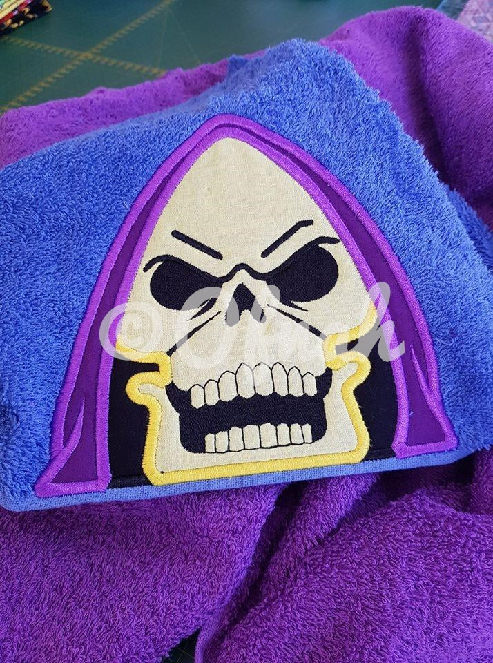 5x7 & 6X10 SKELETOR PEEKER FOR HOODED TOWEL