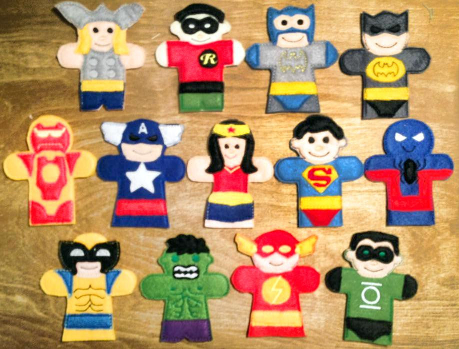 SUPER HERO FINGER PUPPET SET