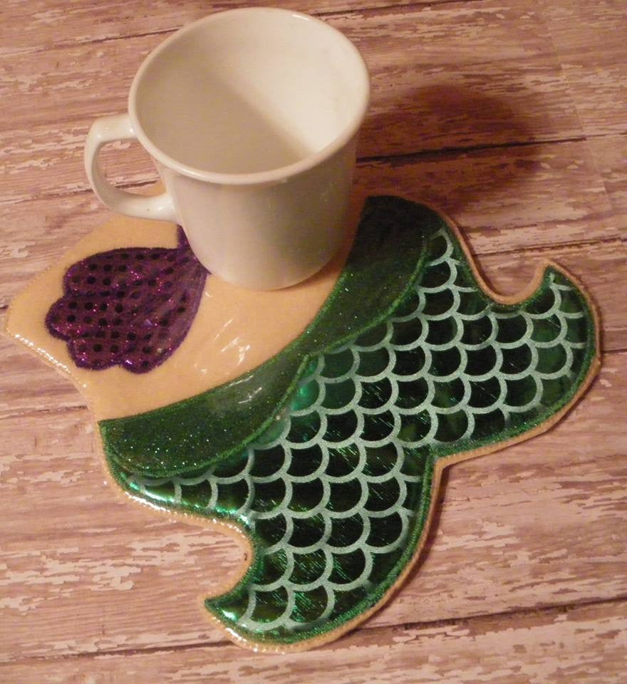 ARIEL MERMAID MUG RUG PATTERN