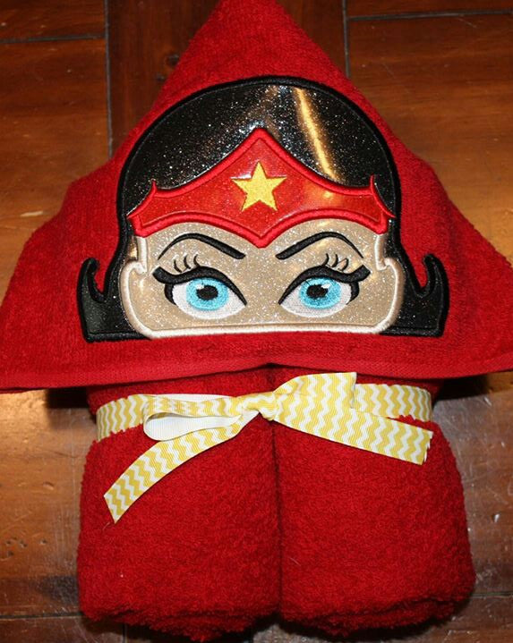 5x7 WONDERWOMAN HEAD FOR HOODED TOWEL