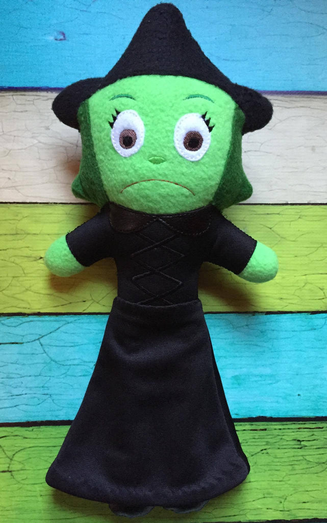 GREEN WITCH DOLL PATTERN