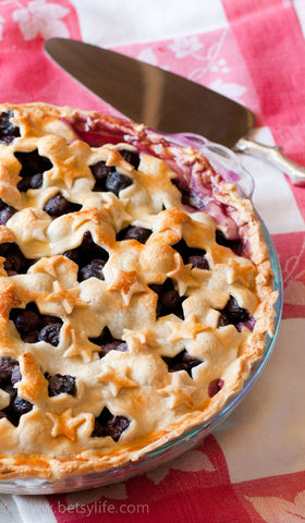 4th of july blueberry pie