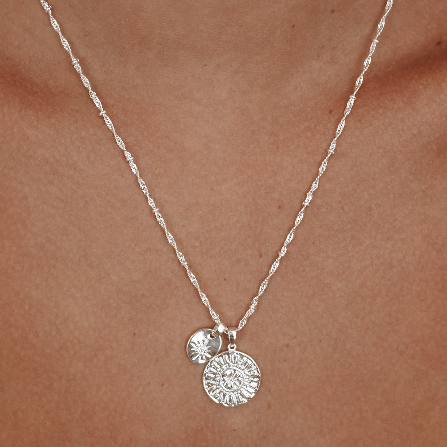 Erika - 18ct Gold or Silver Plated Necklace