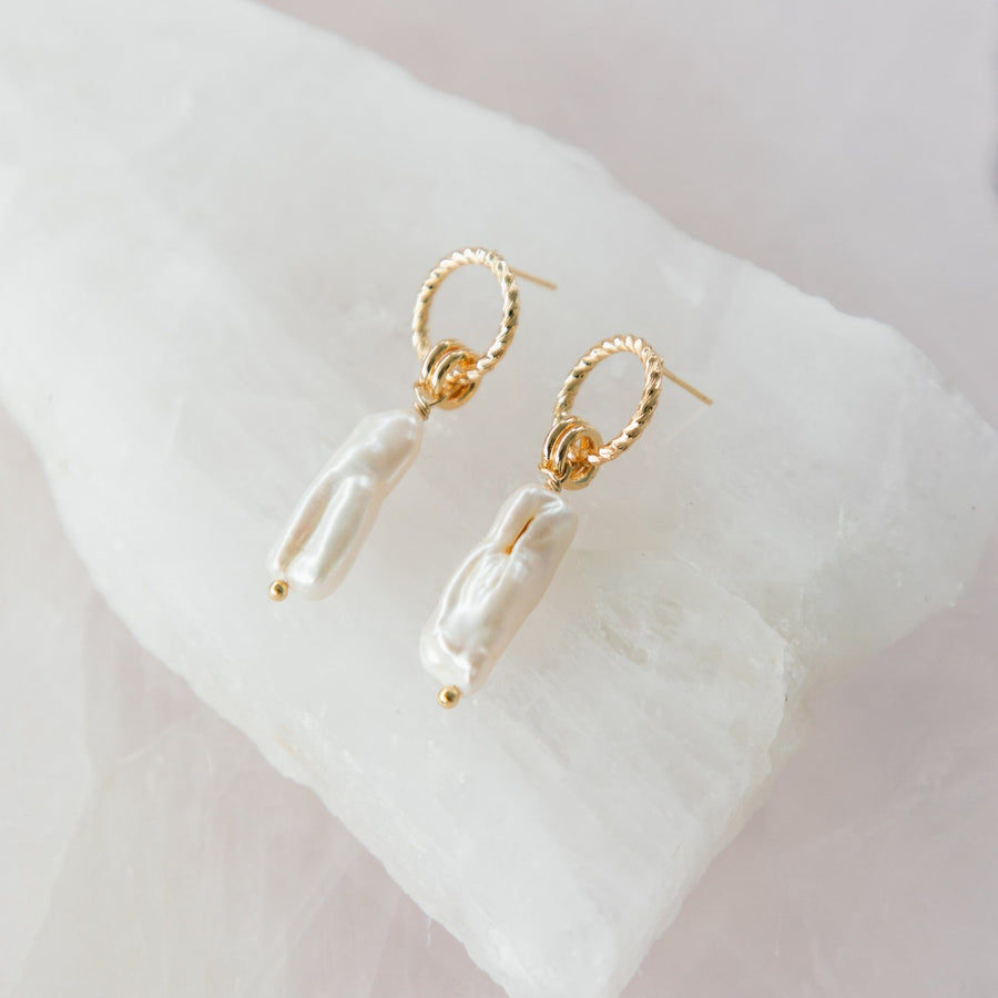 Tarney - Gold Statement Pearl Earrings