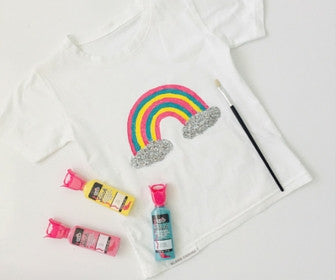 Cotton T-Shirt & Fabric Paint Gift Pack - perfect for arty kids
