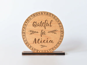 Round Name Card for Thanksgiving Wood