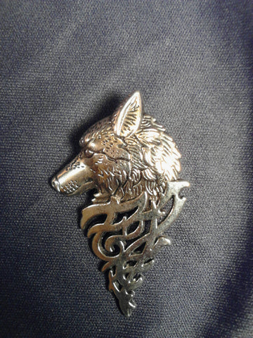 Artistic Wolf Pin