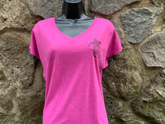 Honu 3 V-neck Tshirt - Red Dirt Maui