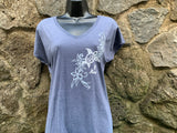 Flower Honu 2 V-neck Tshirt - Red Dirt Maui