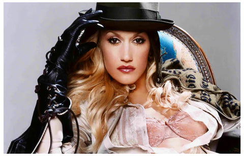 Gwen Stefani At Ease Portrait No Doubt 11x17 Poster