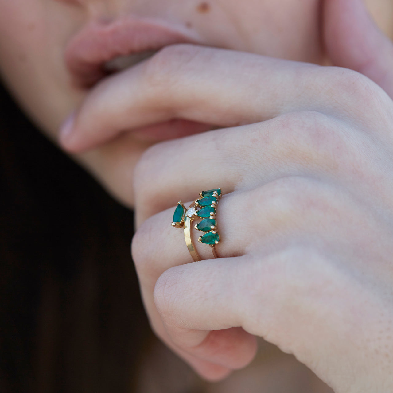 Emerald Teardrop Band Ring