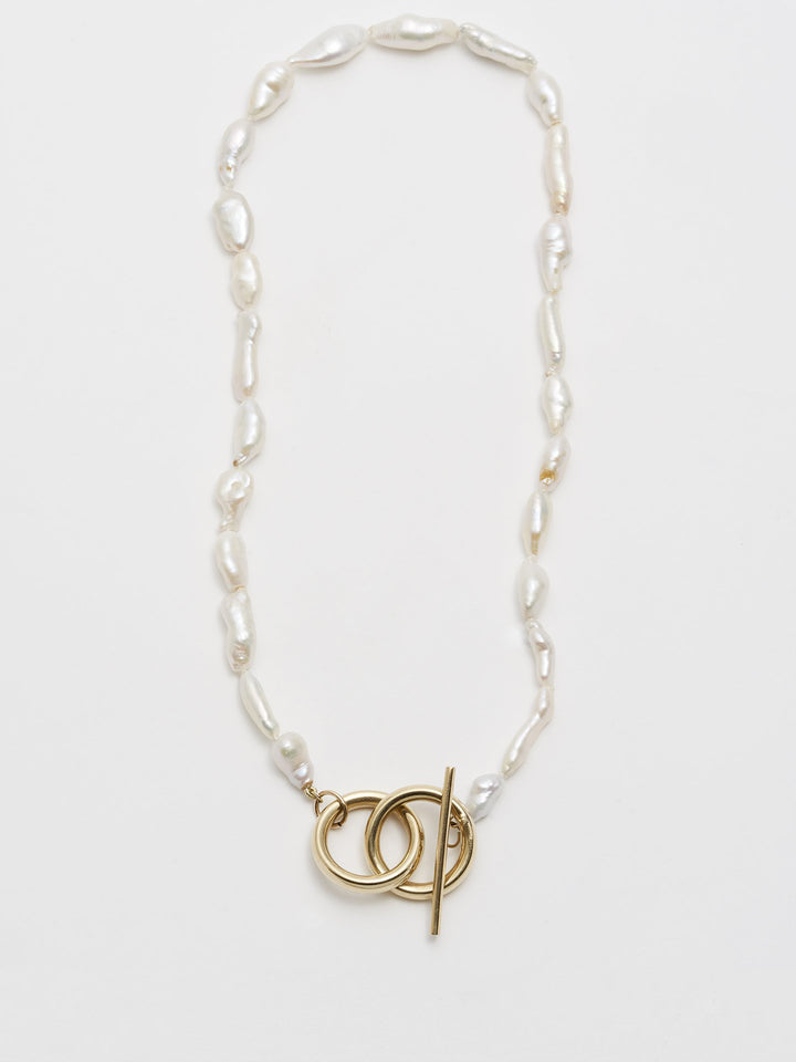 Del Mar Toggle Necklace