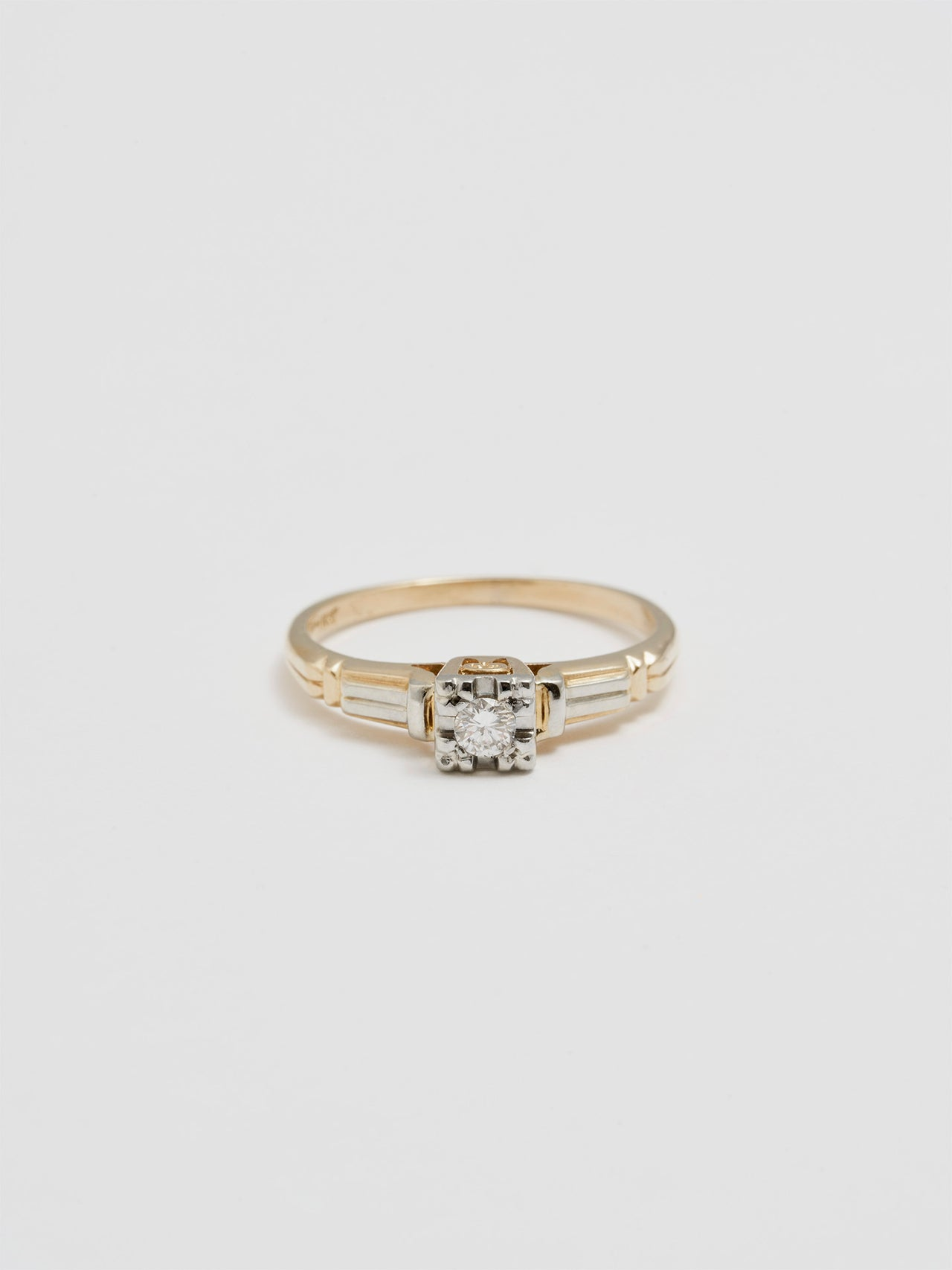 Vintage Eternal Diamond Ring