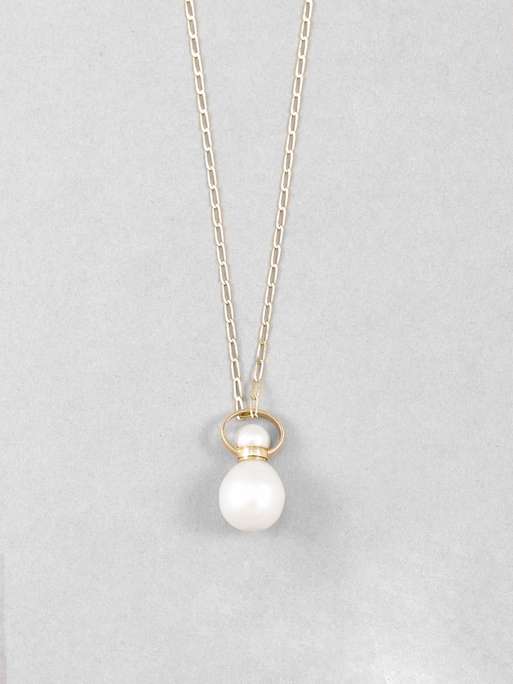 Pearl Etui Necklace