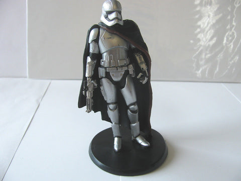 "STAR WARS ELITE SERIES 4 1/2"" FIGURE / CAPTAIN PHASMA STORM TROOPER / DISNEY, LONDON"