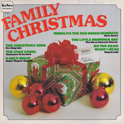 Family Christmas - 1977- Pop, Folk,Gene Autry, Bing Crosby, Dean Martin,Nat King Cole (vinyl)