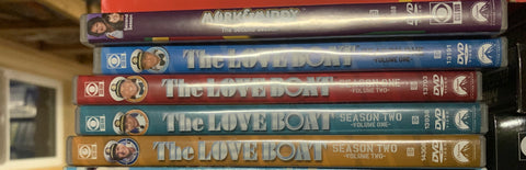 Love Boat - Seasons One & Two (4 dvd set)