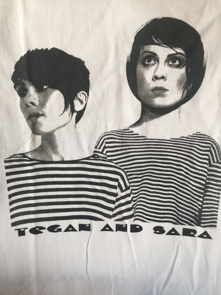 TEGAN & SARA at MASSEY HALL - T shirt - (white) S. (36-38)