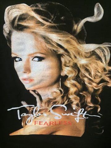 Taylor Swift's Fearless 2010 Tour Female  (S)  T shirt (Black) with Kellie Pickler