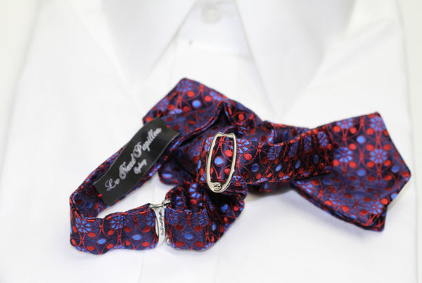 All our self-tying bow ties are finished with an adjustable strap and clip system which allows you to unfasten the bow tie without unfastening the knot.