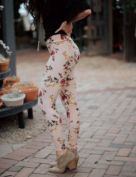 SENSATIONAL FLORAL LEGGINGS