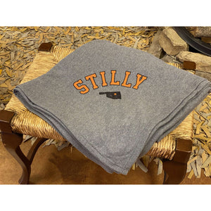 Oversized Soft Sweatshirt Blanket - Stilly