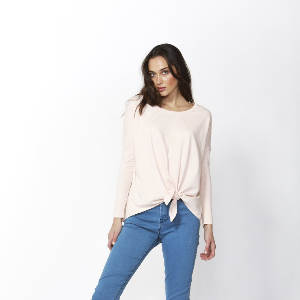Betty Basics | Willow Knot Top Blush | Shut the Front Door