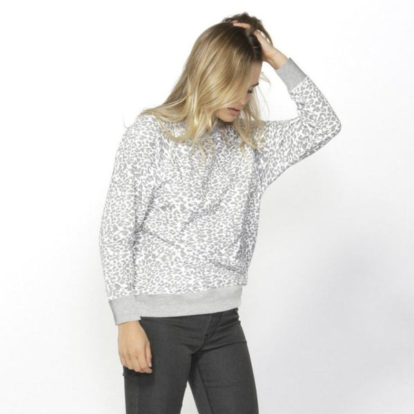 Betty Basics | Ryker Sweater Leopard | Shut the Front Door