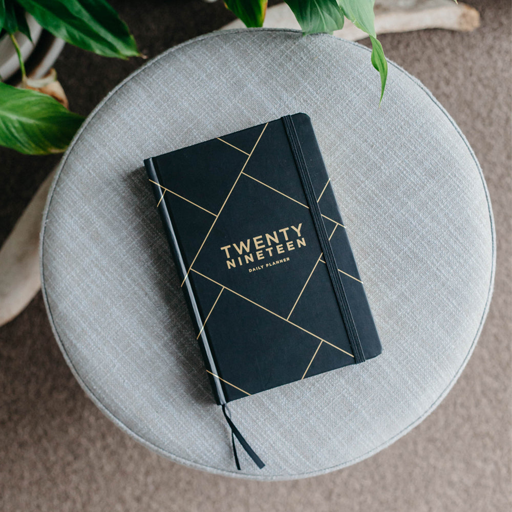 Frank | 2019 Diary Daily Planner BLACK | Shut the Front Door