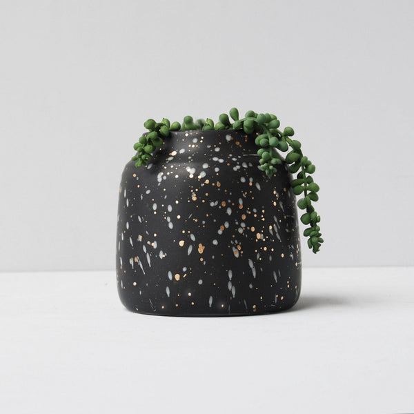 White Moose | Skala Vase Small BLACK | Shut the Front Door