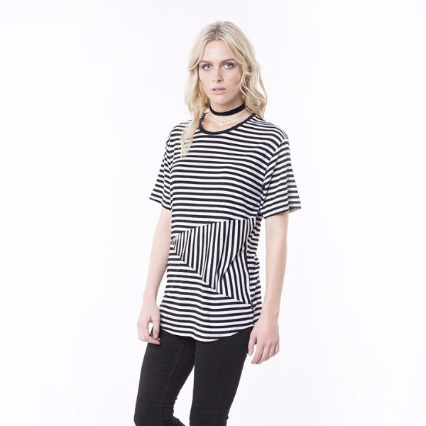 Silent Theory | Tee Crossroads Black/White stripe | Shut the Front Door