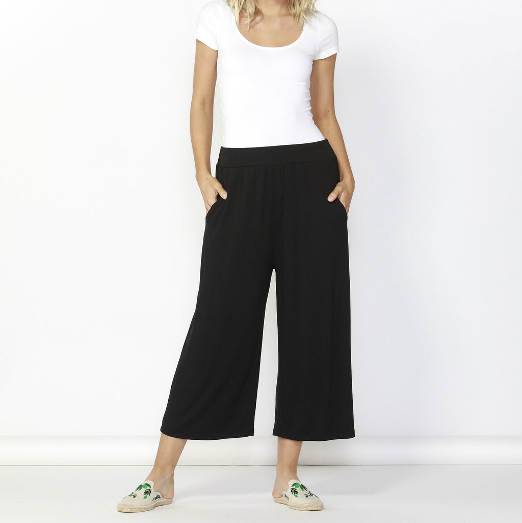 Betty Basics | Dublin Cropped Wide Leg Pant - Black | Shut the Front Door