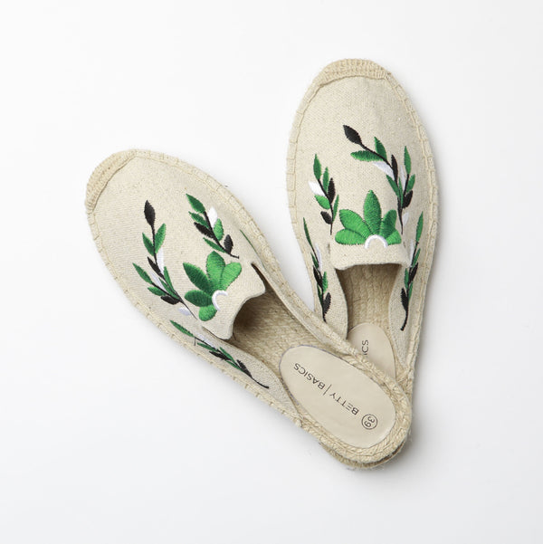 Betty Basics | Fiesta Canvas Mule NATURAL | Shut the Front Door