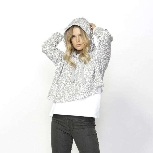 Betty Basics | Oscar Hoodie Leopard | Shut the Front Door