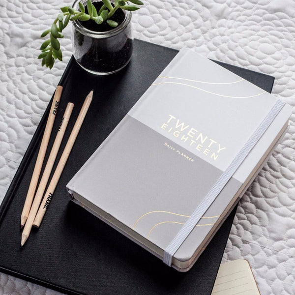 Frank | 2018 Diary Daily Planner GREY/WHITE | Shut the Front Door