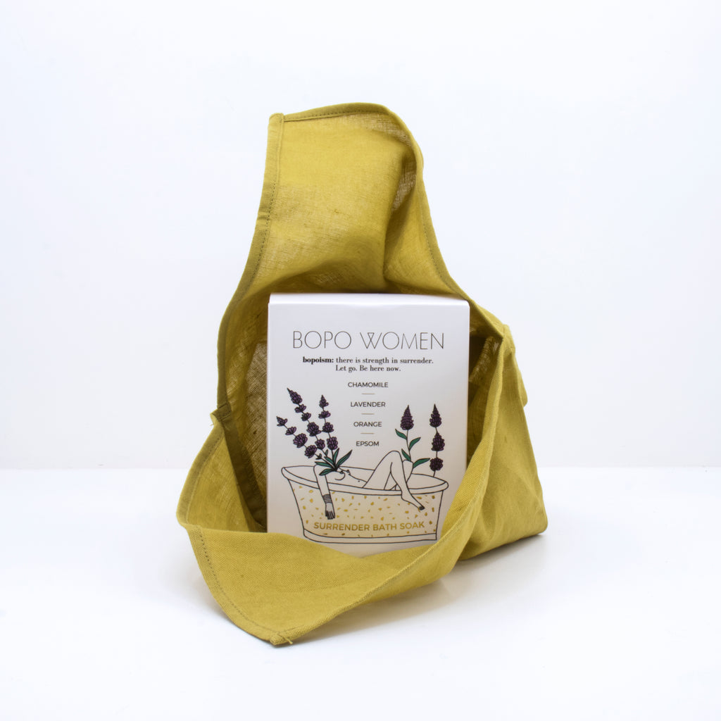 Moobee | Bento Bag Medium - Pear | Shut the Front Door