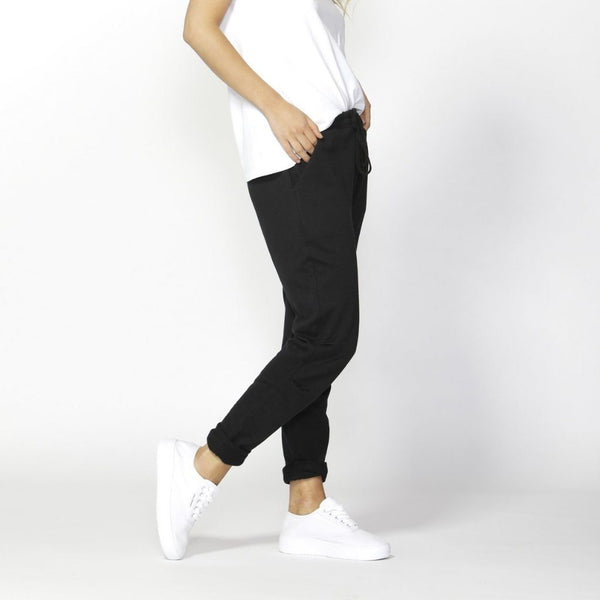 Betty Basics | Reese Pant - Black | Shut the Front Door