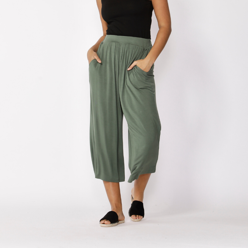 Betty Basics | Dublin Cropped Wide Leg Pant - Olive | Shut the Front Door