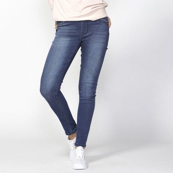 Betty Basics | Nixon Stretch Jean Indigo | Shut the Front Door