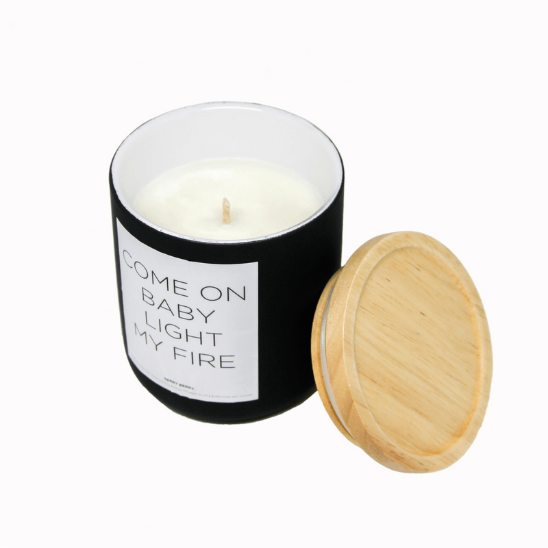 Shut The Front Door | Candle Light My Fire Black 430ml Berry | Shut the Front Door