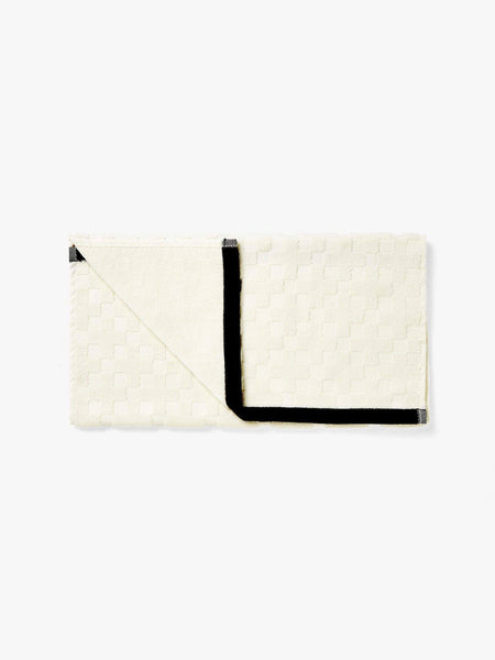 Aura | Hand Towel Check Creme | Shut the Front Door