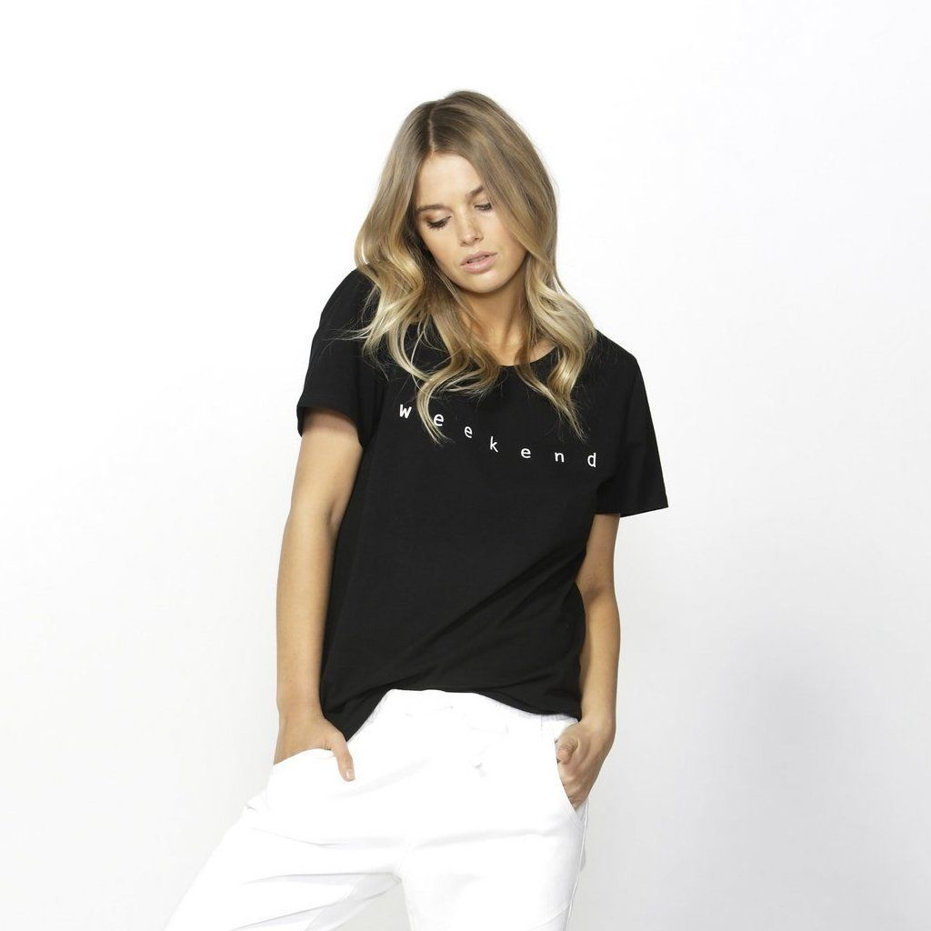 Betty Basics | Cara Weekend Tee - Black | Shut the Front Door
