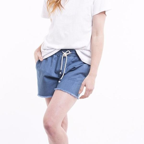 Foxwood | Grace Denim Short Blue | Shut the Front Door
